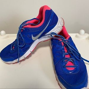 Nike Revolution 2 running shoes blue/pink size 10